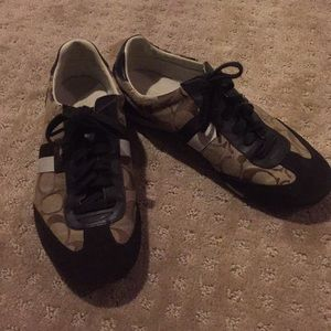Women's 8.5 Coach sneakers